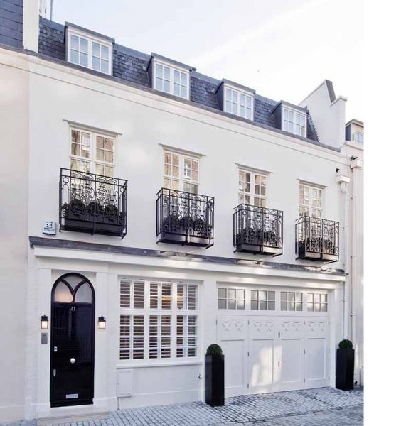 For sale three bedroom house eaton mews north london for Mansion houses for sale in london